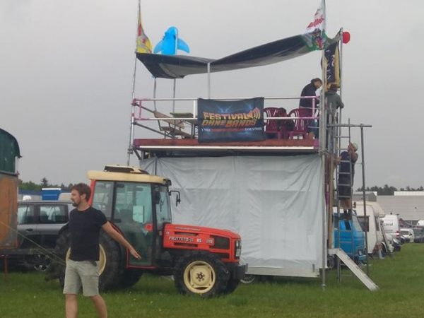 Festival ohne Bands Fahne auf dem South Side Festival
